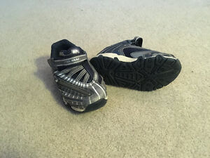 Star Wars shoes - size 9