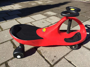 Spunky red plasma car looking for a new driver
