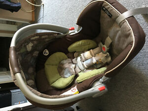 Graco Car seat, base and Stroller for sale
