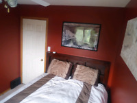 Room for rent in Crystal Lake . Available NOW in GP $800.00