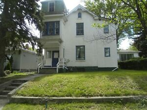 2 BEDROOM APARTMENTS ONE SE HILL ONE SW HILL