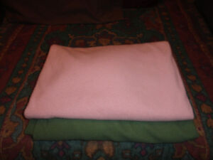 Bed Sheets (Draps de Sante) - Fitted - Twin Size Bed