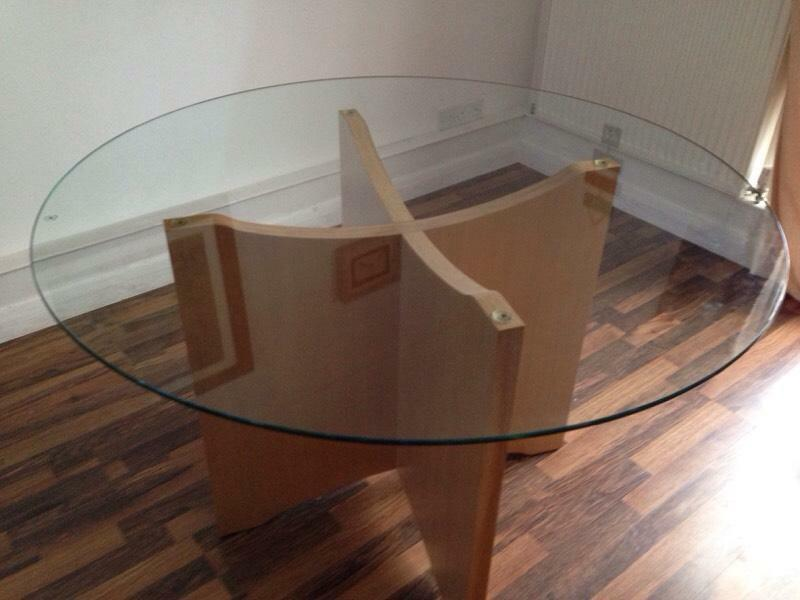 Next round glass dining table seats 4 6 in norwich for Glass top dining table next