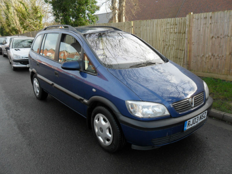 vauxhall zafira comfort 2003 in waterlooville hampshire gumtree. Black Bedroom Furniture Sets. Home Design Ideas
