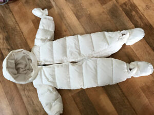 Gap white snow suit 6-12 months
