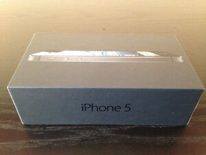 Apple - Authentic iPhone 5 Retail Cell Phone Box (RARE)