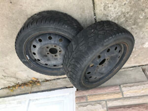 two winter tire 205/50R16  with rims all 60$