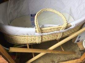 Moses basket (new)