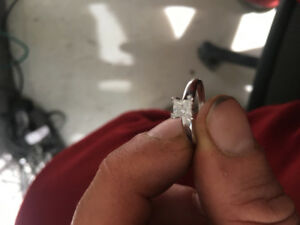 14K white Gold Engagement Ring with .50 ct stone !