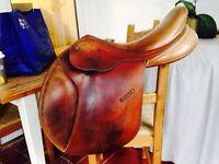 "Bates Caprilli 17.5"" gp saddle"