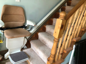 Stair lift for straight stairs (Brand new condition)