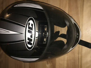 Motorcycle helmet in great condition for sale!
