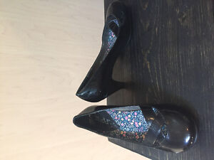 womens shoes! Great condition