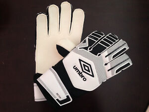 Umbro soccer goalie gloves