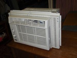 Air Climatiseur faite par Facto / Air conditioner  5000 BTU