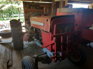Tracteur cockshutt 540 1967