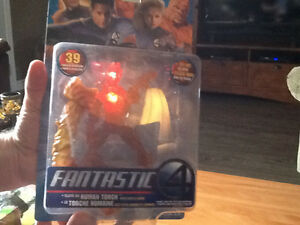 2005 FANTASTIC FOUR HUMAN TORCH FIGURE WITH LIGHTS AND SOUNDS London Ontario image 2