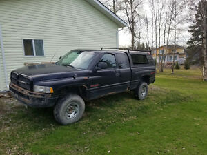 1998 Dodge Power Ram 2500 Pickup Truck