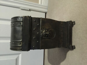 Steel decorative garbage can