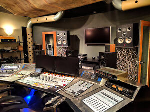 Rent this recording studio  for your productions.
