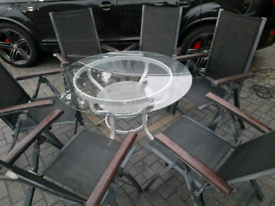 Stylish garden table and x6 chairs