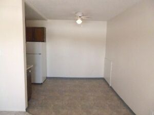 2nd floor 2 bedroom pet friendly suite $900 Available NOW Prince George British Columbia image 4
