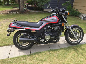 V65 Sabre / VF1100S Classic For Sale
