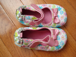 Robeez Baby Girl Shoes