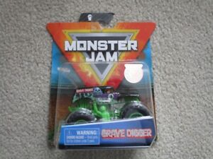 Rare 2019 GRAVE DIGGER Monster Jam Collectible