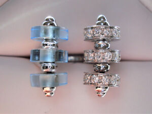 Beautiful DESIGNER 18k GOLD Aquamarine and Diamond Ring. 11.53 g