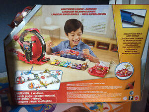 New! Disney Cars light speed loopin launcher set with car Kitchener / Waterloo Kitchener Area image 2