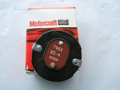 Motorcraft CM4513 Carburetor Choke Thermostat - Holley 4180 4-BBL