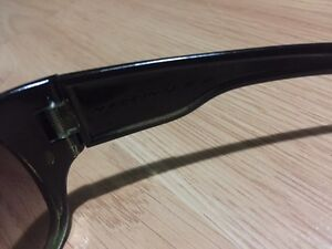 Selling pair of Oakley sunglasses