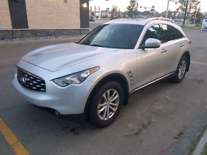 2010 Infiniti FX 35 NAVI, DVD, CAMERA, TECHNOLOGY PACKAGE