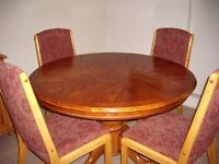 Extendable Oak Pedestal Dining Table - 4 chairs