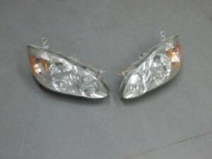 head light tail light Toyota corolla 2004
