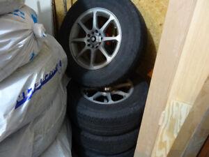 TOYO  215/70R15 x4 + 3 snowtrakker tires