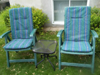 2 chaises de patio 819=378-4954