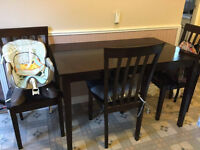 Table and 4 Chairs dining set.