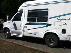 2000 Vanguard 2000xl 22 Ft  Class B+ low low kms