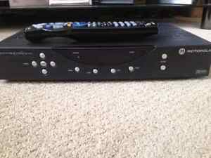 Shaw Cable box, ( no remote included)