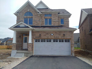 AMAZING HOME IN A COURT FOR LEASE JUNE 1ST