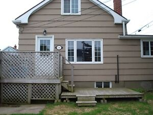 Small cozy 2 bedroom house in Fairview