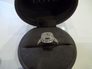 SHOW HER YOUR LOVE WITH THIS 1.45CT VERA WANG RING(PICK UP)