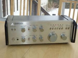 Mitsubishi - DA-P20 Professional Pre Amplifier