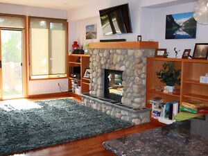 3 Bedroom Banff Townhouse Available June 1st