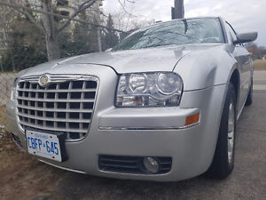 Chrysler 300 - LOW KMs - Safety+E-Tested - Great Buy! + CarProof