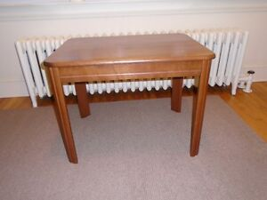 Table/End