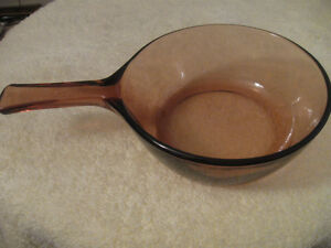 CRANBERRY VISIONS [CORNING] GLASS COOKING POT by PYREX