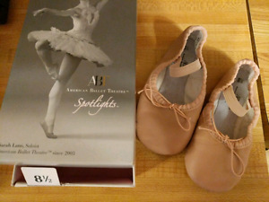 Size 8 1/2 toddler ballet shoes